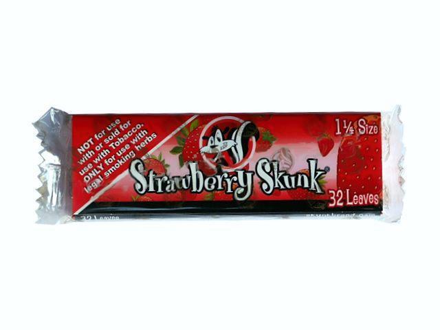 2754 - Αρωματικά Χαρτάκια στριφτού Skunk Brand Strawberry Skunk 1&1/4