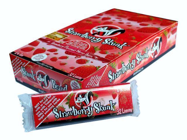 2755 - Κουτί με 24 αρωματικά χαρτάκια στριφτού Skunk Brand Strawberry Skunk 1&1/4
